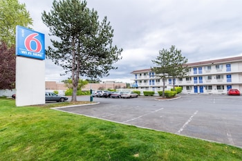 Hotel - Motel 6 Seattle North - Kirkland