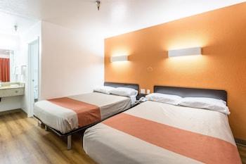Premium Room, 2 Double Beds, Non Smoking, Refrigerator