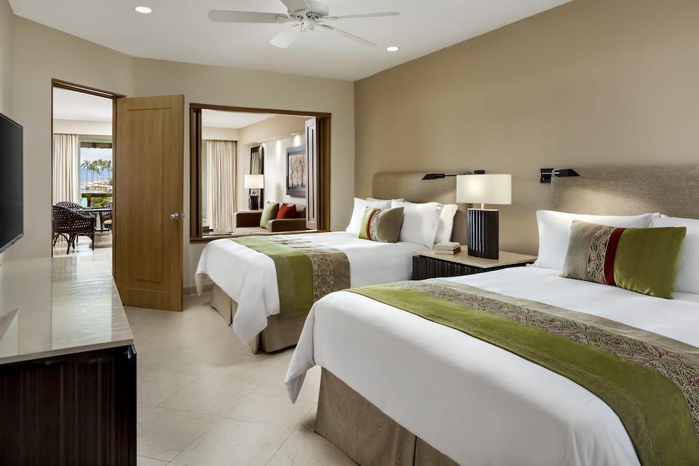 https://i.travelapi.com/hotels/1000000/1000000/996800/996714/4b892b63_z.jpg