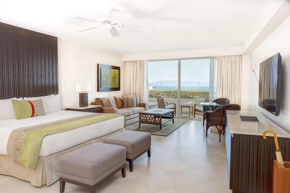 https://i.travelapi.com/hotels/1000000/1000000/996800/996714/7748303c_z.jpg
