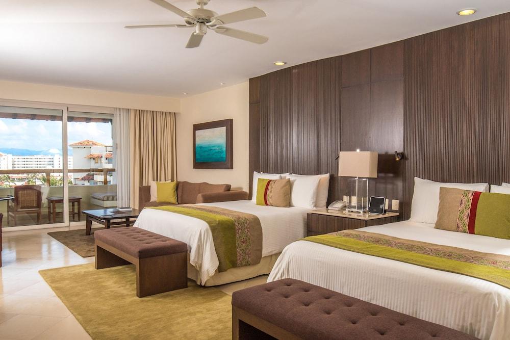 https://i.travelapi.com/hotels/1000000/1000000/996800/996714/e712c65c_z.jpg