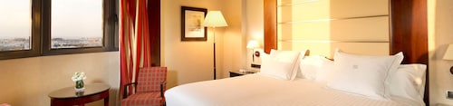 __{offers.Best_flights}__ Hotel Sevilla Center