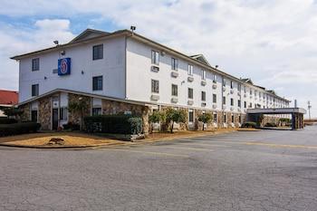 Motel 6 Little Rock South photo