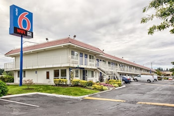 Hotel - Motel 6 Everett South