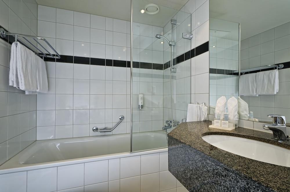 톤 호텔 스키(Thon Hotel Ski) Hotel Image 22 - Bathroom