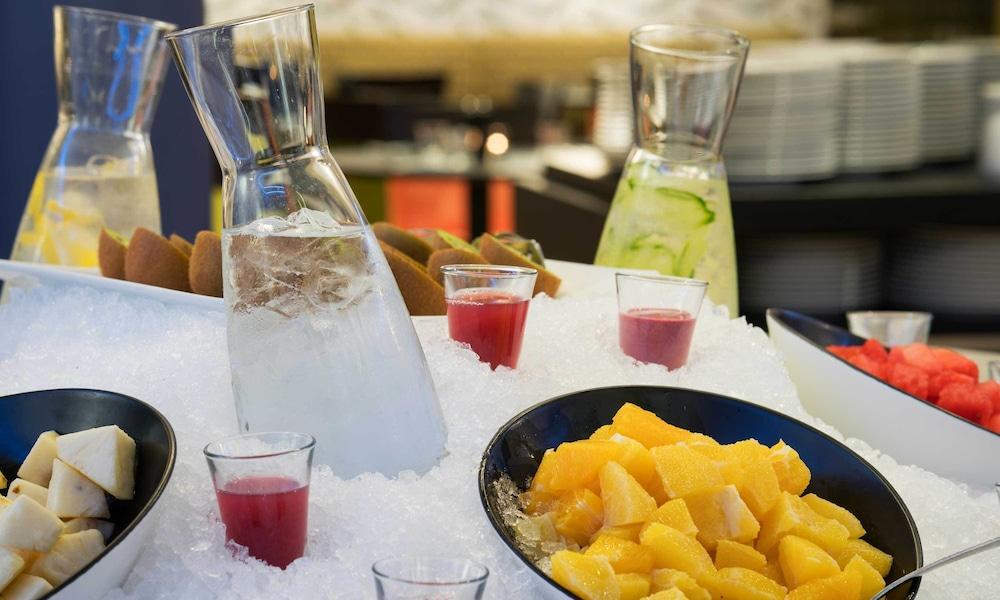 톤 호텔 스키(Thon Hotel Ski) Hotel Image 37 - Restaurant