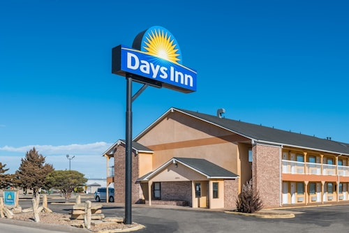 . Days Inn by Wyndham Russell