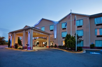Hotel - Holiday Inn Express & Suites Hiawassee