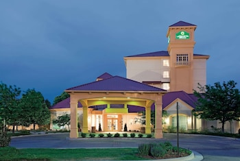 Hotel - La Quinta Inn & Suites by Wyndham Colorado Springs South AP