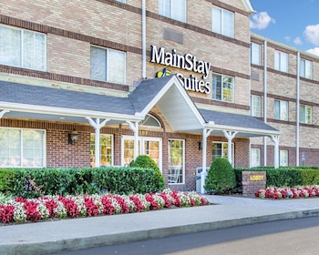Hotel - MainStay Suites Brentwood