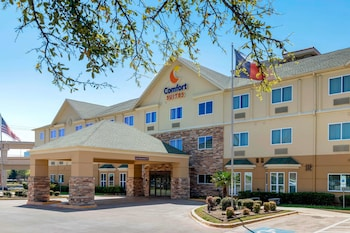 Hotel - Comfort Suites North Dallas