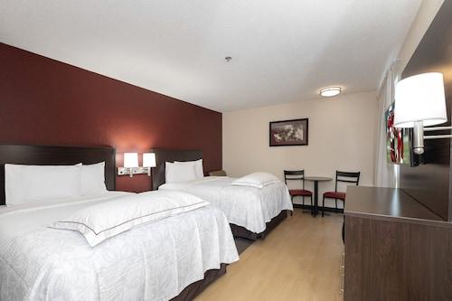 . Red Roof Inn PLUS+ Austin South