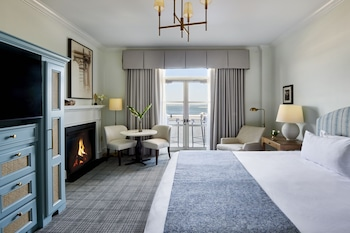 Grand Room, 1 King Bed, Harbor View