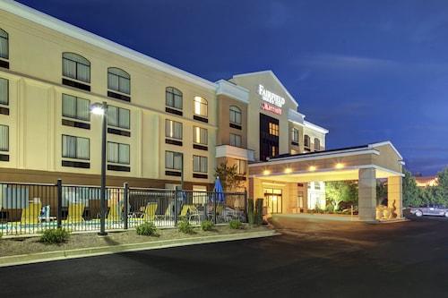 . Fairfield Inn & Suites by Marriott Anniston Oxford