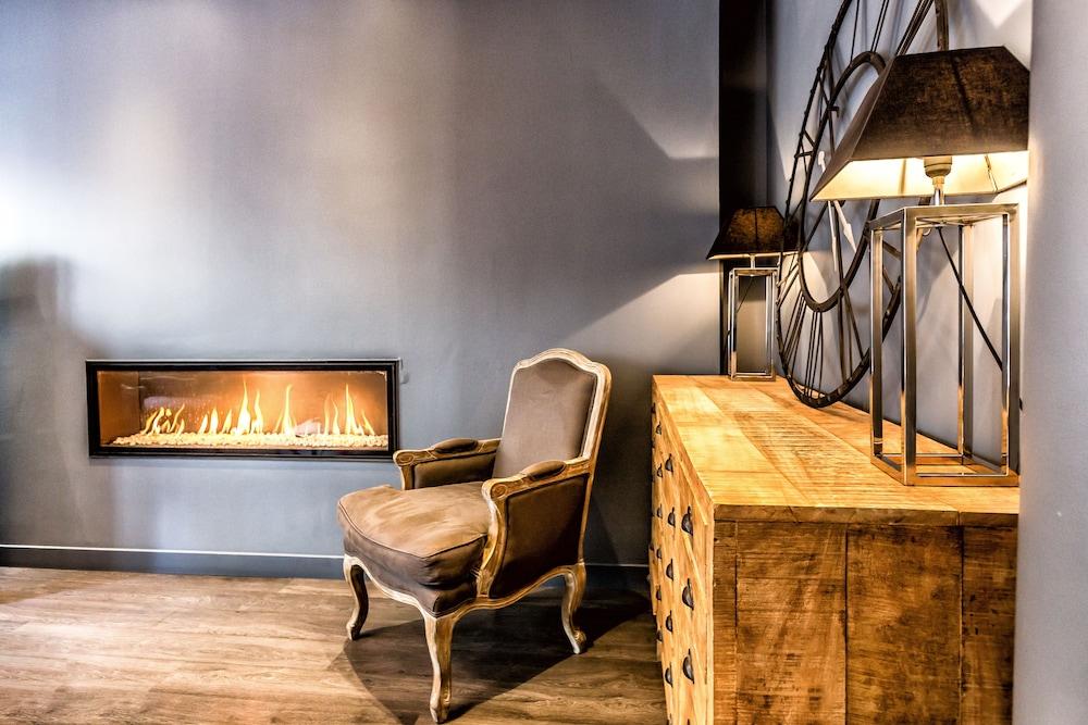 아틀리에 몽파르나스(Atelier Montparnasse) Hotel Image 1 - Lobby Sitting Area