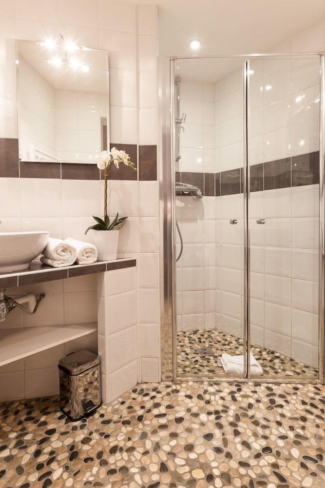 아틀리에 몽파르나스(Atelier Montparnasse) Hotel Image 16 - Bathroom