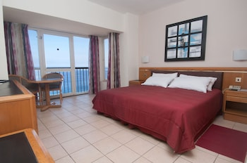 Double or Twin Room, Sea View