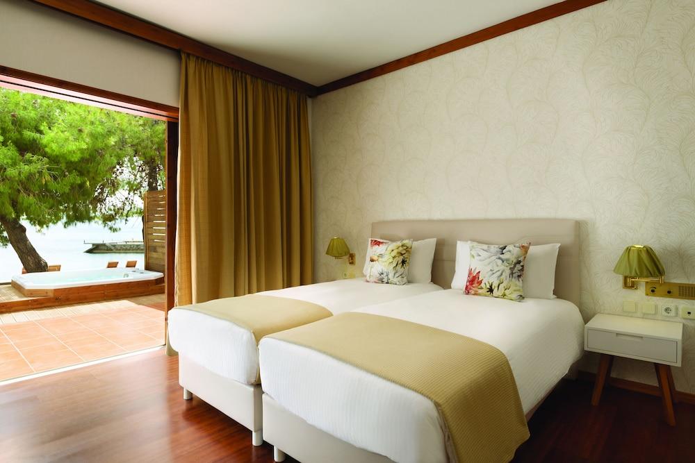 https://i.travelapi.com/hotels/1000000/110000/109800/109771/6760f167_z.jpg