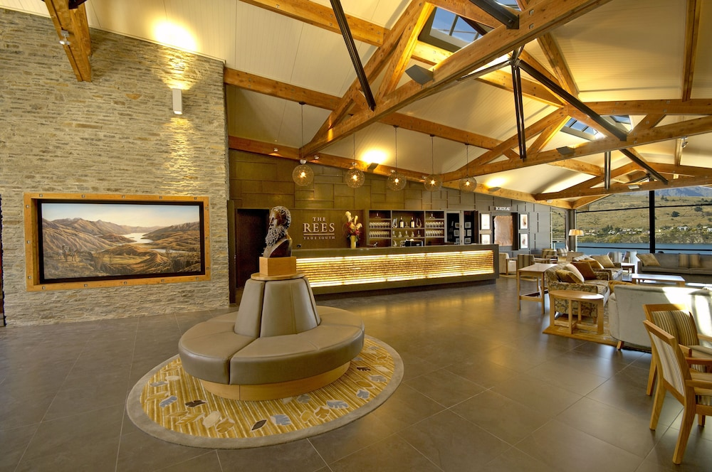 Best Hotels in Queenstown that are on sale RIGHT NOW!