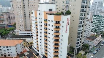 大都會普拉亞公寓飯店 Cosmopolitan Praia Flat