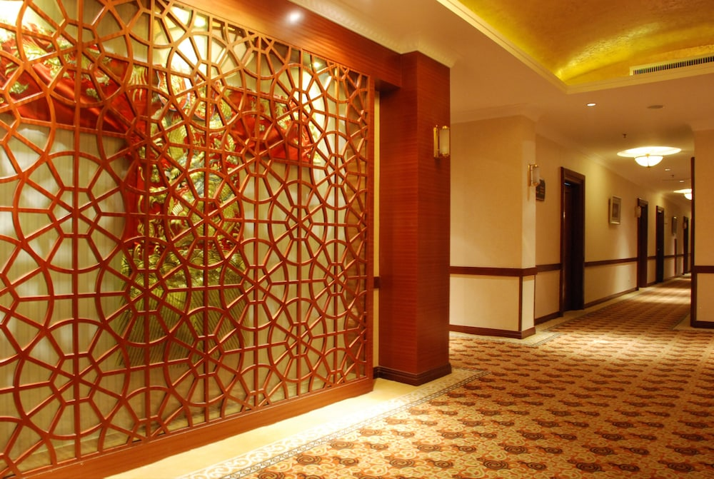 ジン ジャン パーク ホテル (上海国際飯店)