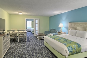 Family Suite, Multiple Beds, No View