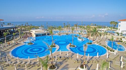 Pafos - Olympic Lagoon Resort Paphos - All Inclusive - z Warszawy, 10 kwietnia 2021, 3 noce