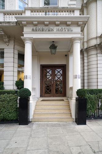 . Ashburn Hotel
