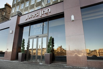 Book Jurys Inn Edinburgh in Edinburgh.
