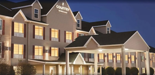 . Country Inn & Suites by Radisson, Bismarck, ND