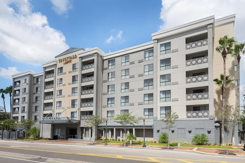 . Courtyard by Marriott Tampa Downtown