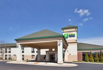 Hotel - Holiday Inn Express Germantown - NW Milwaukee