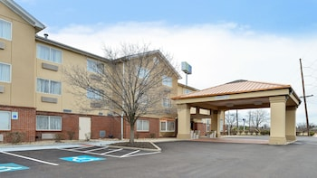 Hotel - Holiday Inn Express & Suites Cincinnati-N/Sharonville
