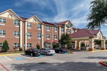艾迪生-達拉斯凱藝全套房飯店 Quality Suites Addison-Dallas