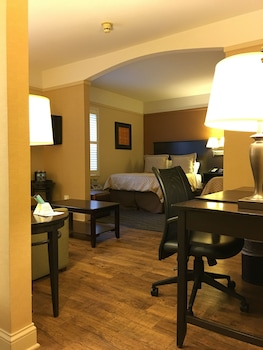 Junior Suite, Multiple Beds, Non Smoking, Refrigerator & Microwave (with Sofabed)