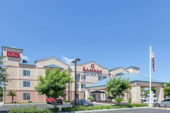 Ramada by Wyndham Fresno Northwest