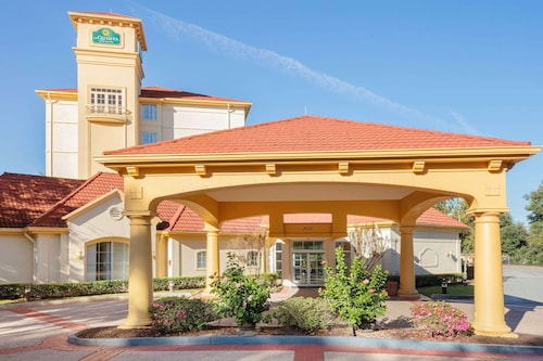 . La Quinta Inn & Suites by Wyndham Ocala