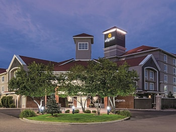 Hotel - La Quinta Inn & Suites by Wyndham Denver Airport DIA