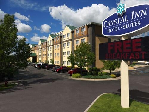 . Crystal Inn Hotel & Suites Midvalley