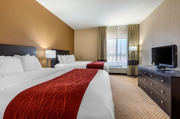 Business Suite, 2 Queen Beds, Non Smoking