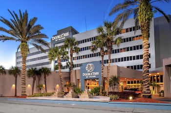 傑克森維爾機場希爾頓逸林飯店 DoubleTree by Hilton Hotel Jacksonville Airport
