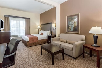 Studio Suite, 1 King Bed, Hot Tub (Mobility Accessible)