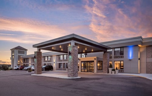 . Holiday Inn Express & Suites Charlottetown