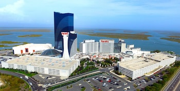 Book Harrah\'s Resort Atlantic City in Atlantic City.