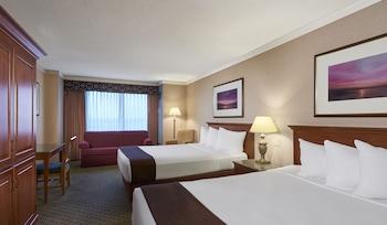 Deluxe Room, 2 Queen Beds, Non Smoking (Marina)