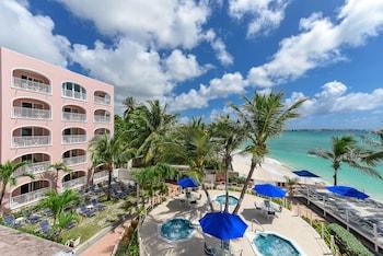 Hotel - Butterfly Beach Hotel
