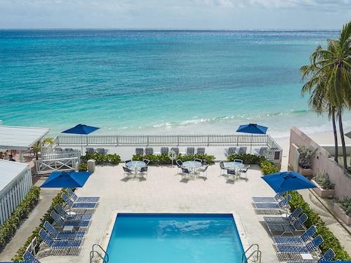 . Butterfly Beach Hotel