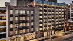 Hotel Indigo Cleveland Downtown, an IHG Hotel