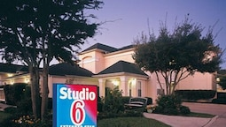 Studio 6 Dallas, TX - Garland - Northeast