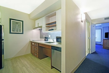 Suite, 1 Bedroom, Accessible, Bathtub (1 King Bed, Mobility with Sofa Bed)